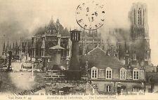 CARTE POSTALE BOMBARDEMENT DE LA CATHEDRALE DE REIMS PAR LES ALLEMANDS 1914