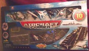 Aircraft Carrier Express Wheels 10 planes amp Aircraft Carrier folds case New