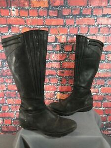PRE-OWNED women's MERRELL black leather VERA PEAK boots - size 8 1/2