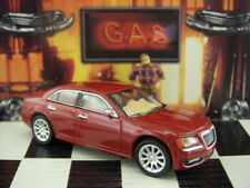 '16 GREENLIGHT 2013 CHRYSLER 300C LOOSE 1:64 SCALE
