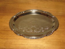 Silvertone Metal Oval Tray With Design – 9 1/2� x 6 1/2""
