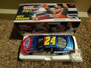 Jeff Gordon 2006 75th Win 1/24 Action Chicago Raced