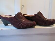 10 M Softspots suede & embroidered detail plum mules