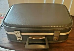 """VTG Blue Hard Shell Small Suitcase 16"""" x 12 Overnight Bag Weekend Child"""