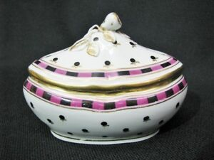 Early 19th Century Vienna Porcelain Covered Sugar Bowl w/Blue Shield Mark; 1805