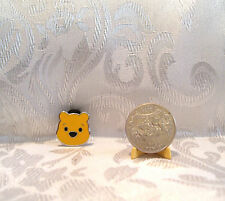 Walt Disney WINNIE THE POOH HEAD TRADING Hat Lapel Pin Badge