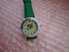 NIKE - swiss made --wünderschöne Damen Armbanduhr..