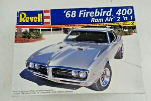 Revell '68 Firebird 400 Ram Air 2 n 1 Model 1:25 Scale  85-2342  Incomplete