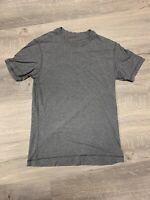 Lululemon Men's Basic Crew Shirt Size Small Gray