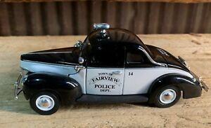 1940 Ford Deluxe Business Coupe, Fairview Police, with COA 1:32 Scale, NIB