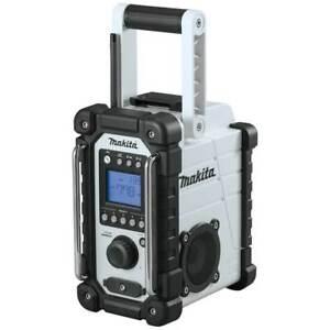 Makita XRM05W 18-Volt LXT Lithium-Ion Cordless Job Site Radio - Bare Tool