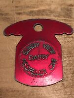 Token, Sunny View Dairy, Hespeller Ontario Canada, Red Coin Quart Milk B06