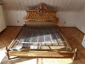 Antik-Stil Bett im Louis Seize Stil, echt Holz geschnitzt & Blattvergoldet, Gold
