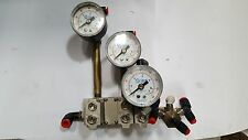 SMC MANIFOLD W/ X3 ARM1000 pneumatic regulator  W/ X3 SMC 9143-06 GUAGES (R1S8.5