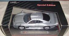 """Maisto """"Special Edition"""" Mercedes CLK-GTR Street Version in Silver-Diecast 1:18"""