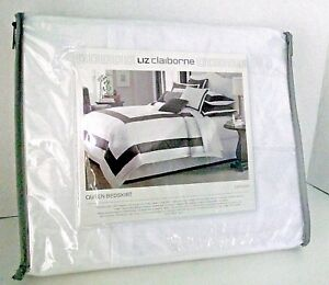 Queen Bedskirt Liz Claiborne White Brown Stripe Capshaw Crisp Bedroom Pleat NIP