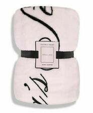 Victoria's Secret Cozy Plush Throw Blanket, Vs Signature Pink, Holiday 2019