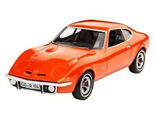 Revell 07680 Opel GT Car Plastic Kit Scale 1/32 Tracked 48 Post