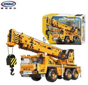 Xingbao XB-03036 Construction Zone Mobile Crane Building Block Set 657 Pieces