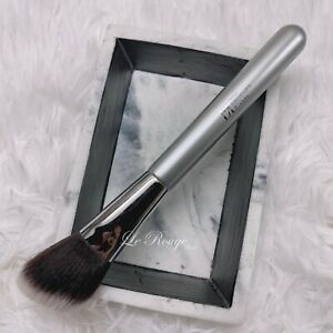 IT cosmetics Brushes For ULTA Airbrush Soft Focus Blush contour Brush #113