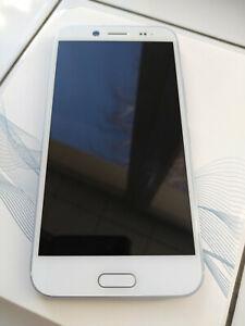 """10 EVO 5.5"""" Super LCD3 Display 32GB Octa-Core 16MP Unlocked Glacial Silver"""