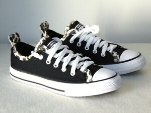 Converse Girls CTAS Double Upper Ox Sneakers Size: US: 2 Style: 667211F