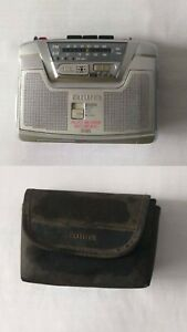 Aiwa HS JS385 Stereo Radio Stereo Vintage Cassette Player Walkman Untested As-Is