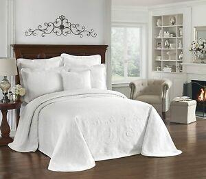 "NEW Historic Charleston 120"" x 114"" King White Matelasse Bedspreads Coverlet"