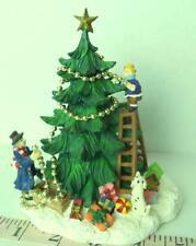 Grandeur Noel Victorian Village Christmas Tree  People Decorating Town 1999