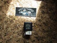 1989-2003 TOYOTA 4RUNNER RELAY 90987-04002 OEM YOTA YARD.