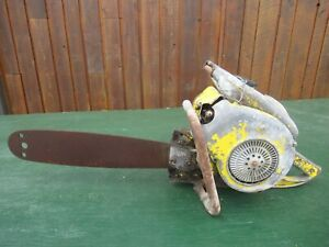 """Vintage McCULLOCH MODEL 47 Chainsaw Chain Saw with 18"""" Bar"""