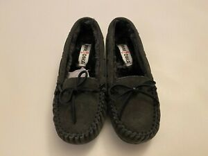 NEW Minnetonka Moccasin Allie Junior Trapper Size 7 Charcoal Women's Slipper