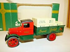 Ertl 1931 Hawkeye Truck Christmas 1993 gift bank, money box