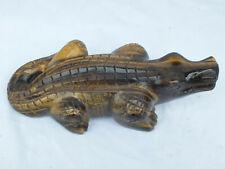 Gravur Krokodil Tigerauge 0,76 kg