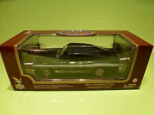 ROAD SIGNATURE PLYMOUTH BARRACUDA 1969 - GREEN 1:18 - NEAR MINT IN BOX