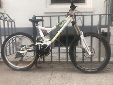 Commencal Supreme DH Downhill Mountain Bike