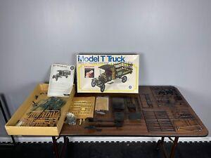Entex 1914 Model T Ford Truck 1 1/2 Ton 1:16 Scale Model Kit