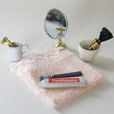 Waschset Handtuch Zahnpasta Zahnbürste Spiegel Zahnputzbecher Puppenstube  1:12