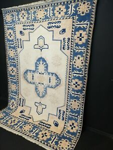 Vintage Anatolian handmadeTurkish OUSHAK  RUG size 8.8x6 ft
