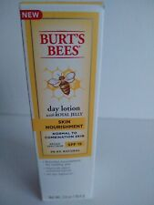 Burt's Bees Burts Day Lotion with Royal Jelly SPF 15 Normal to Combo Skin