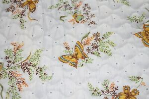 Vintage Quilted White wth Butterfly design Twin Bedspread Comforter JC Penny