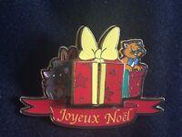 Disney DLRP Aristocats Pin Kittens Toulouse Berlioz & Marie Christmas