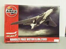 AIRFIX # A12008 1/72 RAF HANDLEY PAGE VICTOR B.Mk.2(BS)  OPEN/FSI