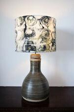 Lampe Einzelnstück der fuß ist aus Ton selbstgebrannt,H gesamt 72 cm Schirm H 28