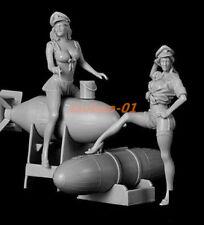 resin figures model garage kit 1:32 US Pin-up Girls with Bombs RN2272 model kit
