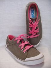 Womans Shoes Sneakers Teva S/N Sz 6 Textile  Barely Worn