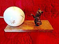 Ancienne lampe de chevet-chat- art-déco-veilleuse boule blanche-verre doré