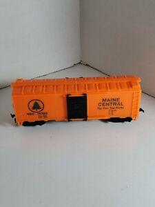 HO MODEL POWER MAINE CENTRAL MEC #14785~40' SLIDING DOOR REEFER - No Box