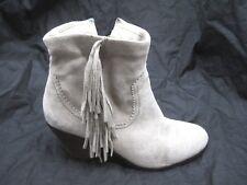 Sam Edelman 10M Louie Womens Suede beige brown cowboy western suede ankle boots