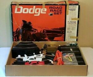 Eldon 1969 Dodge Road Race Slot Car Set Virtually Complete with Cars 1/32 Scale